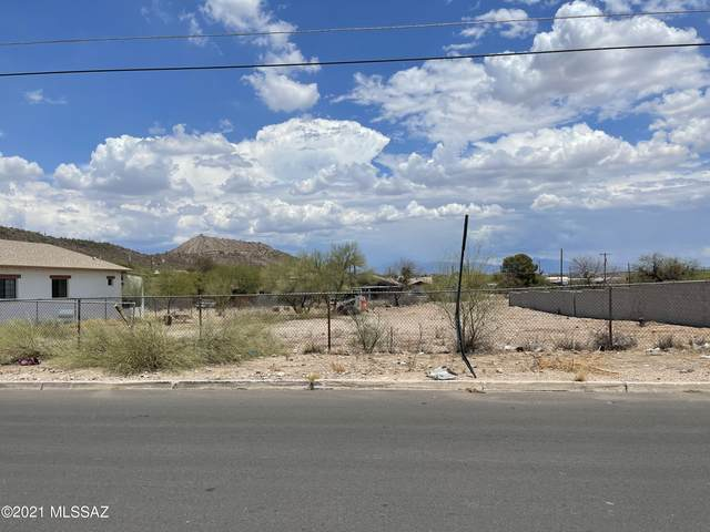 1371 S Camino Santiago, Tucson, AZ 85713 (#22117055) :: Tucson Real Estate Group