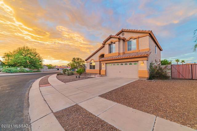 8796 N Wellside Drive, Tucson, AZ 85743 (#22117594) :: Tucson Real Estate Group
