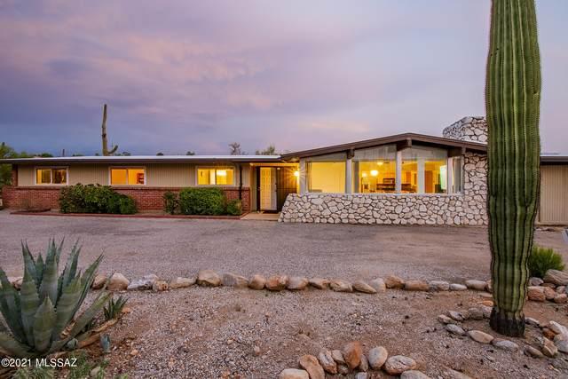 800 E Camino De Fray Marcos, Tucson, AZ 85718 (#22118157) :: Kino Abrams brokered by Tierra Antigua Realty