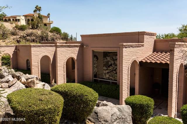 4947 E Oakmont Drive, Tucson, AZ 85718 (#22118223) :: Long Realty - The Vallee Gold Team