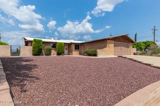 1917 S Augusta Circle, Tucson, AZ 85710 (#22118399) :: The Local Real Estate Group | Realty Executives