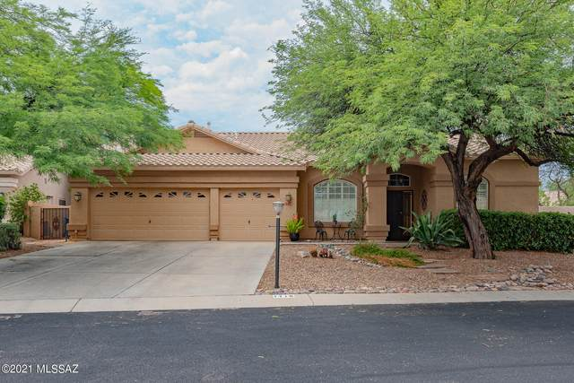 1716 W Windgate Place, Oro Valley, AZ 85737 (#22118473) :: Long Realty - The Vallee Gold Team