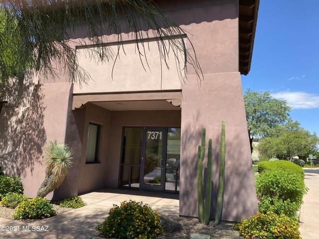 7371 E Tanque Verde Road, Tucson, AZ 85715 (#22118591) :: The Josh Berkley Team
