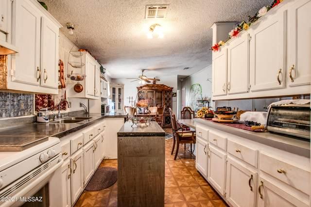 12055 W Trigger Lane B434, Tucson, AZ 85736 (#22118796) :: Long Realty - The Vallee Gold Team