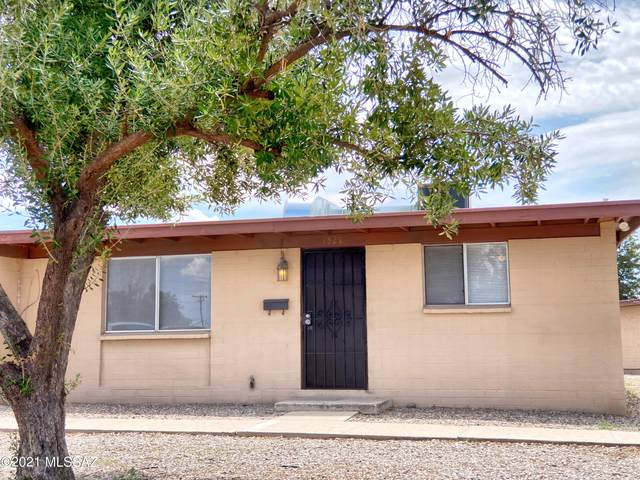 1529 W Roger Road, Tucson, AZ 85705 (#22118950) :: The Local Real Estate Group | Realty Executives