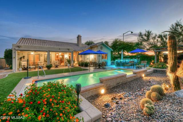 817 E Hickman Drive, Oro Valley, AZ 85755 (#22119578) :: Long Realty - The Vallee Gold Team