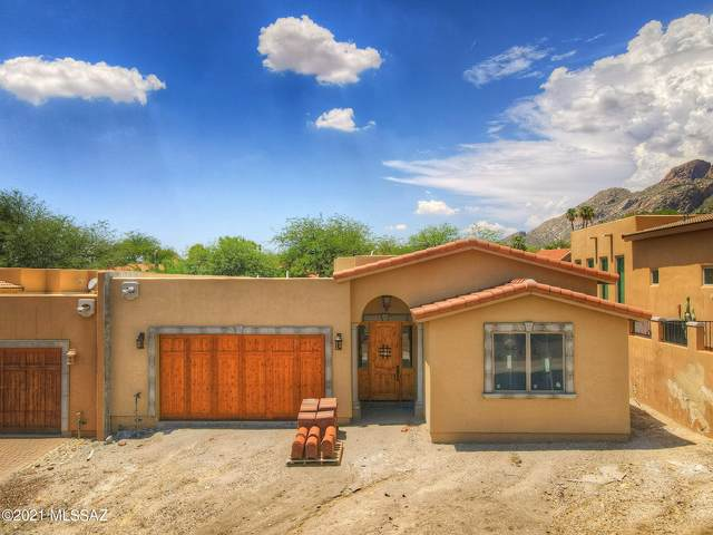 2615 E Via Corta Dei Fiori, Tucson, AZ 85718 (#22119655) :: Long Realty - The Vallee Gold Team