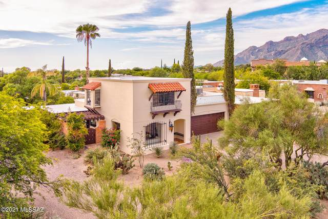 6231 N Campbell Avenue, Tucson, AZ 85718 (#22119689) :: Long Realty - The Vallee Gold Team