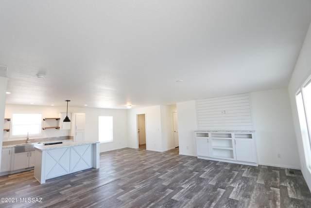 7449 Camino De Oeste, Tucson, AZ 85741 (#22119703) :: Tucson Property Executives