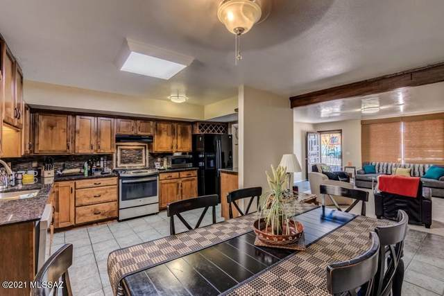 1901 W Romany Road, Tucson, AZ 85713 (#22119752) :: Long Realty - The Vallee Gold Team