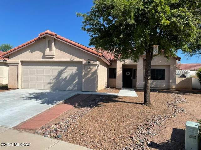 1368 Crosswinds, Oro Valley, AZ 85737 (#22121765) :: Long Realty - The Vallee Gold Team