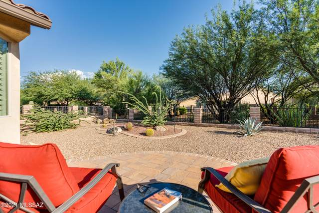 2288 E Thunderchief Drive, Green Valley, AZ 85614 (#22122055) :: Kino Abrams brokered by Tierra Antigua Realty