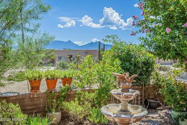 3891 S Calle Viva, Green Valley, AZ 85614 (#22122228) :: Keller Williams