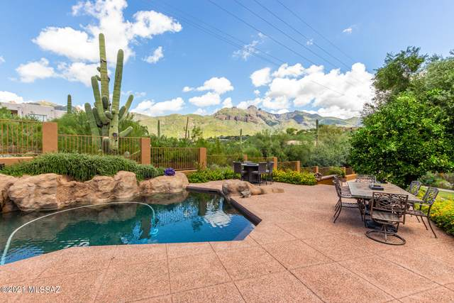 6991 N Solaz Tercero, Tucson, AZ 85718 (#22122312) :: Long Realty - The Vallee Gold Team