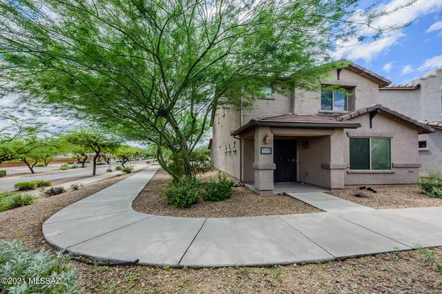 10675 E Singing Canyon Drive, Tucson, AZ 85747 (#22122782) :: Gateway Partners International