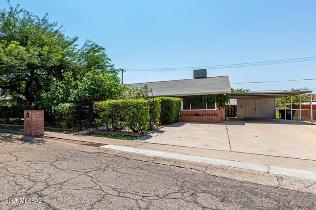 4858 E 12Th Street, Tucson, AZ 85711 (#22123132) :: Long Realty - The Vallee Gold Team