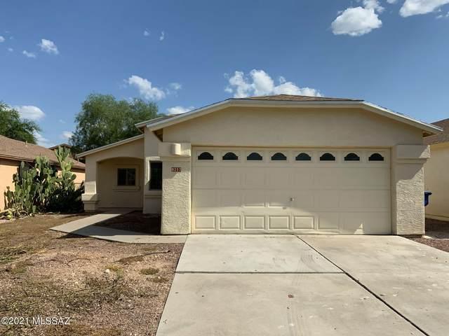 8257 S Placita Del Plantio, Tucson, AZ 85747 (#22123475) :: The Local Real Estate Group | Realty Executives