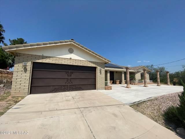 1304 Via Nuevo Laredo, Rio Rico, AZ 85648 (#22123598) :: Tucson Real Estate Group