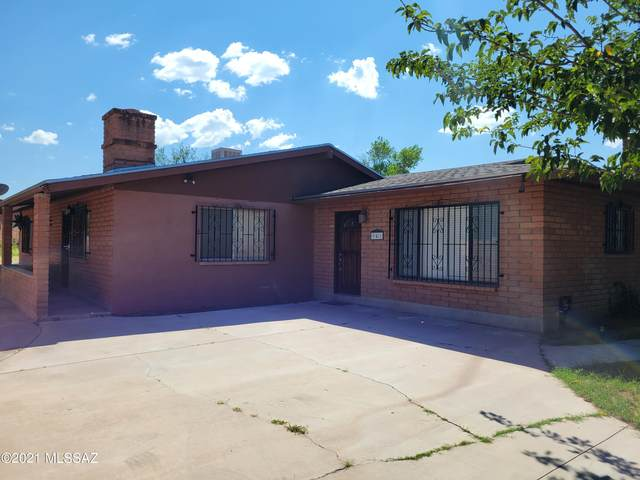941 W Mi Casa Drive, Nogales, AZ 85621 (#22123900) :: Long Realty - The Vallee Gold Team