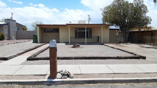 516 E Seneca Street, Tucson, AZ 85705 (#22124137) :: Long Realty - The Vallee Gold Team