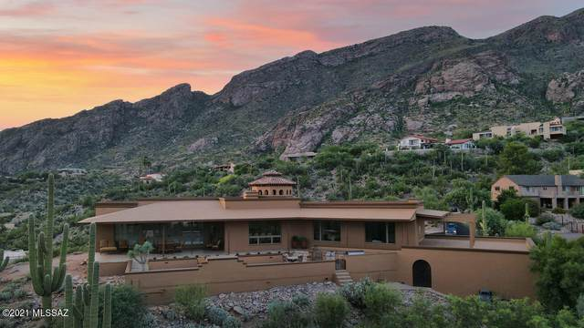 6835 N St. Andrews Drive, Tucson, AZ 85718 (MLS #22124273) :: The Luna Team