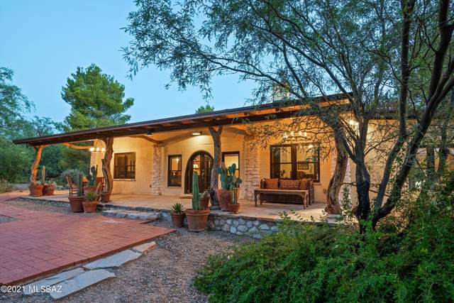 8550 E Snyder Road, Tucson, AZ 85750 (#22124435) :: Long Realty - The Vallee Gold Team
