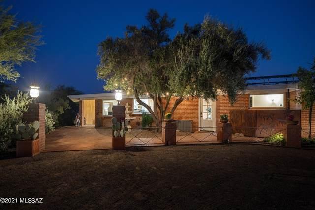 4848 E Calle Pequena, Tucson, AZ 85718 (#22124926) :: Long Realty - The Vallee Gold Team