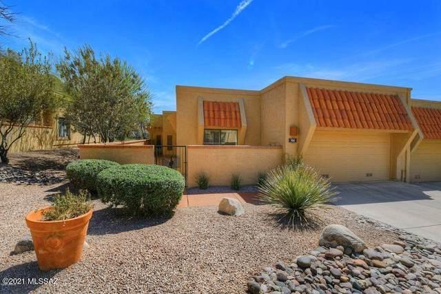 960 E Camino Corrida, Oro Valley, AZ 85704 (#22126122) :: Long Realty - The Vallee Gold Team