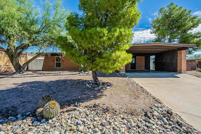 2131 S Deer Trail Circle, Tucson, AZ 85710 (#22126339) :: Long Realty - The Vallee Gold Team