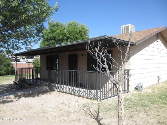360 N Adams Street, Nogales, AZ 85621 (#22126373) :: Long Realty - The Vallee Gold Team