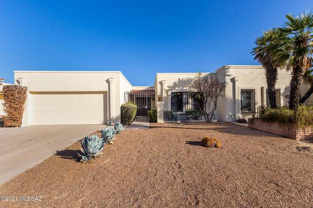 8000 N Casas Cameo, Tucson, AZ 85742 (#22126580) :: Long Realty - The Vallee Gold Team