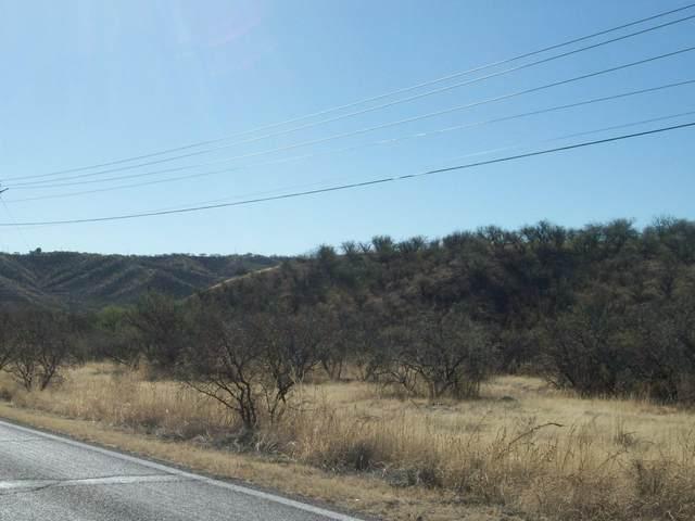413-453 Camino Ramanote F, Rio Rico, AZ 85648 (#22126601) :: Kino Abrams brokered by Tierra Antigua Realty