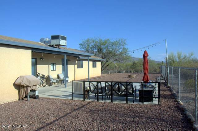 2501 N Calle Noche, Tucson, AZ 85749 (#22126637) :: Long Realty - The Vallee Gold Team