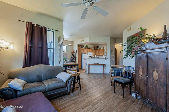 2550 E River Road #7303, Tucson, AZ 85718 (#22126643) :: Long Realty - The Vallee Gold Team