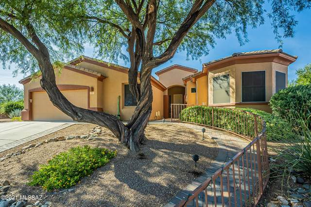 469 N Mountain Brook Drive, Green Valley, AZ 85614 (#22126799) :: Gateway Partners International