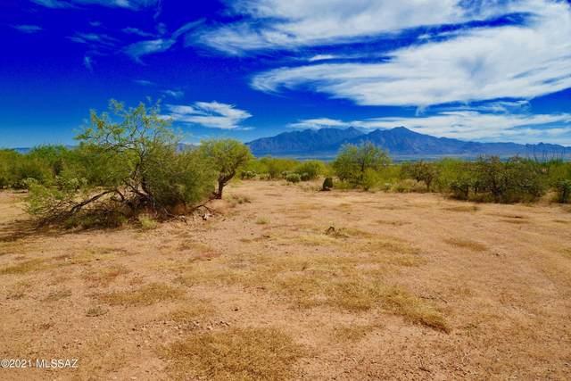 3755 W Calle Cinco, Green Valley, AZ 85622 (#22126802) :: Gateway Partners International