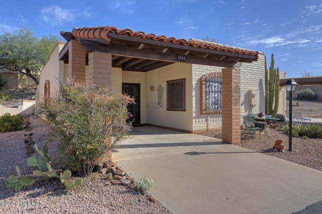 1114 W Calle Alcazar, Green Valley, AZ 85622 (MLS #22126850) :: My Home Group