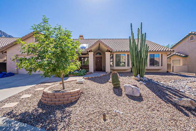 1560 E Sonoran Desert Drive, Oro Valley, AZ 85737 (#22127290) :: The Crown Team