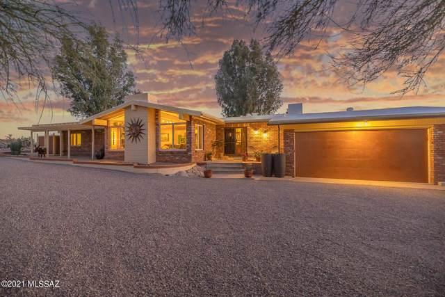 5925 N Placita Esquina, Tucson, AZ 85718 (#22127609) :: The Crown Team