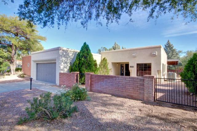 3082 N Willow Creek Drive, Tucson, AZ 85712 (#21729679) :: The Josh Berkley Team