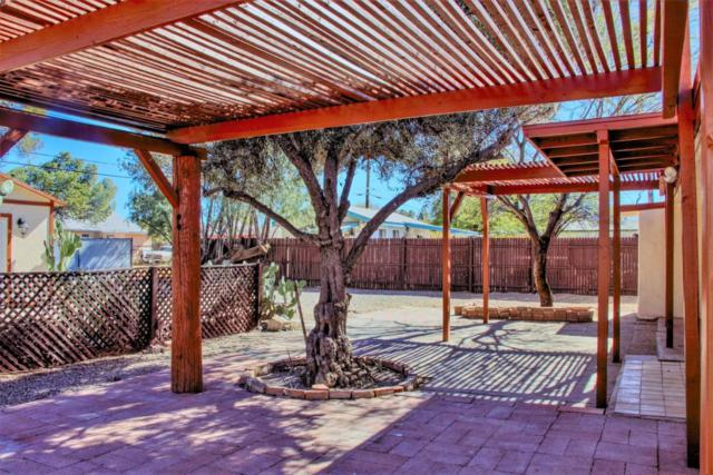 2526 N Orchard Avenue, Tucson, AZ 85712 (#21804349) :: Long Realty Company
