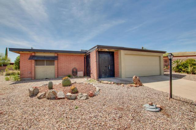 1437 N Rio Sonora, Green Valley, AZ 85614 (#21808204) :: Long Realty - The Vallee Gold Team