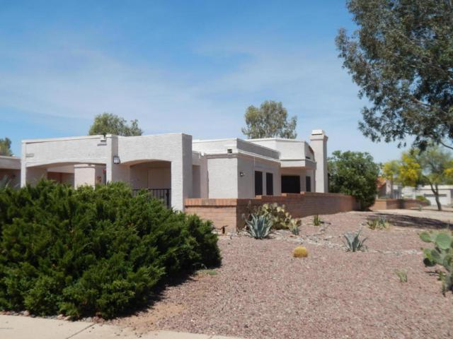 400 W Via Alamos Drive, Green Valley, AZ 85614 (#21810229) :: Long Realty - The Vallee Gold Team