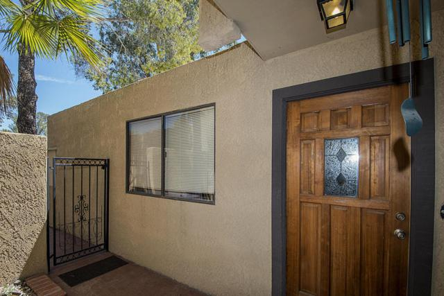 5318 E Beverly Fair Drive, Tucson, AZ 85712 (#21819188) :: The Josh Berkley Team