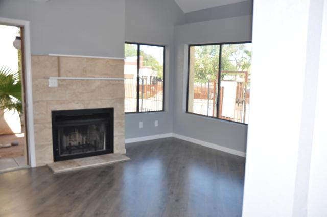 2601 W Broadway Boulevard E451, Tucson, AZ 85745 (#21824974) :: The Local Real Estate Group | Realty Executives