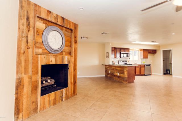 1655 S Palm Springs Circle, Tucson, AZ 85710 (#21830719) :: Long Realty Company