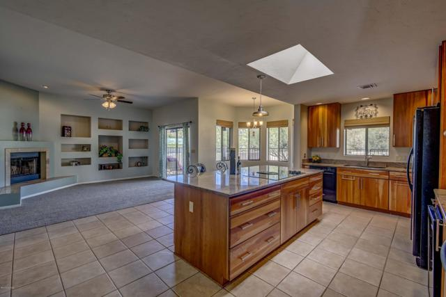4127 E Bujia Segunda, Tucson, AZ 85718 (#21833408) :: Long Realty - The Vallee Gold Team