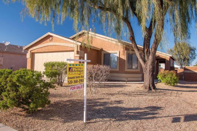 1310 W Calle Rio Naranja, Tucson, AZ 85714 (#21901380) :: The KMS Team