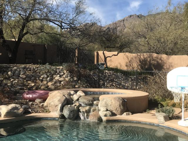 6438 E Calle De Mirar, Tucson, AZ 85750 (#21901715) :: The Josh Berkley Team