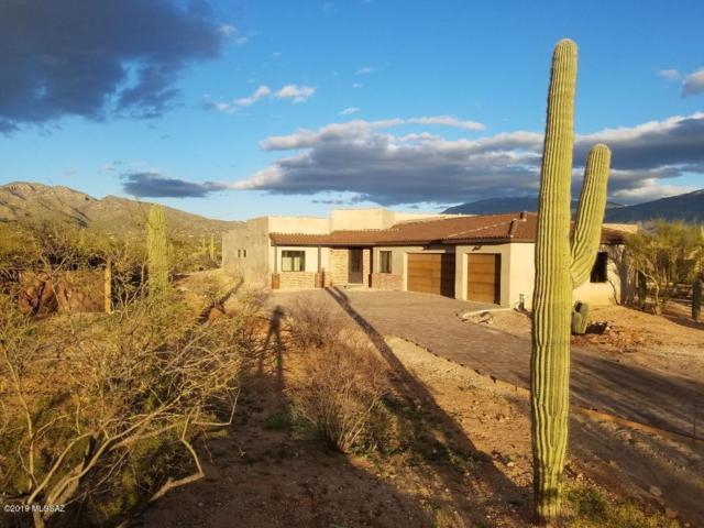 2756 N Megafauna Court, Tucson, AZ 85749 (#21906714) :: Long Realty - The Vallee Gold Team